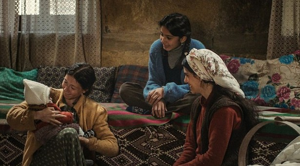Art Cinema Award pour A Tale Of Three Sisters, de Emin Alper, lors du Sarajevo Film Festival